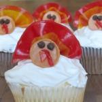 Thanksgiving cupcakes! Gobble gobble and fall leaves.
