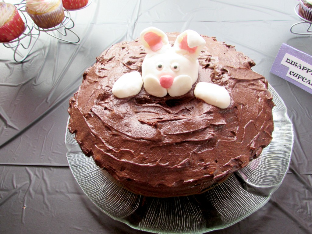 Rabbit in Hat Cake-Val Event Gal