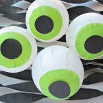 Glowing Eyeball Halloween Balloons
