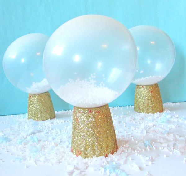 Balloons that look like snow globes