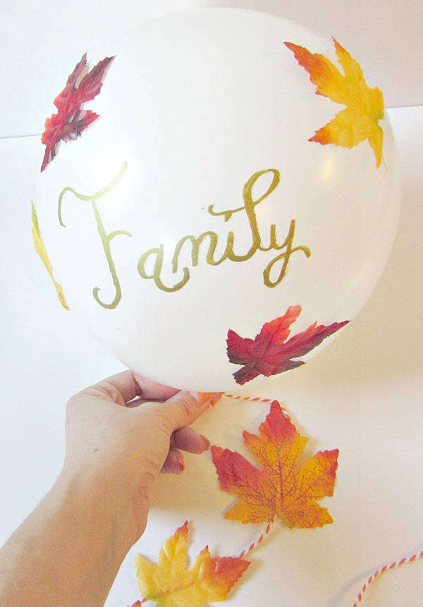 Thankful balloon, show what you are thankful for