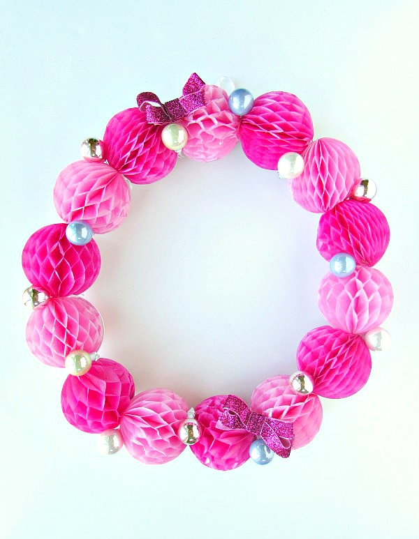 Easy and bright pink honeycomb wreath