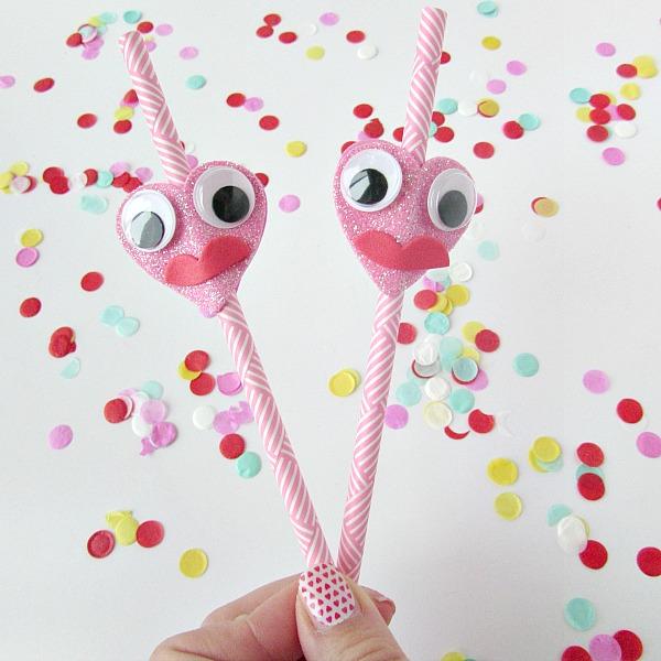 funny face heart straws