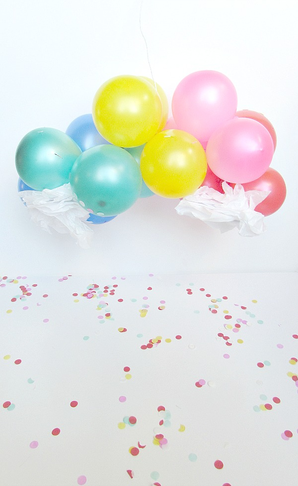 diy mini balloon arch