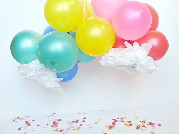 mini diy balloon rainbow
