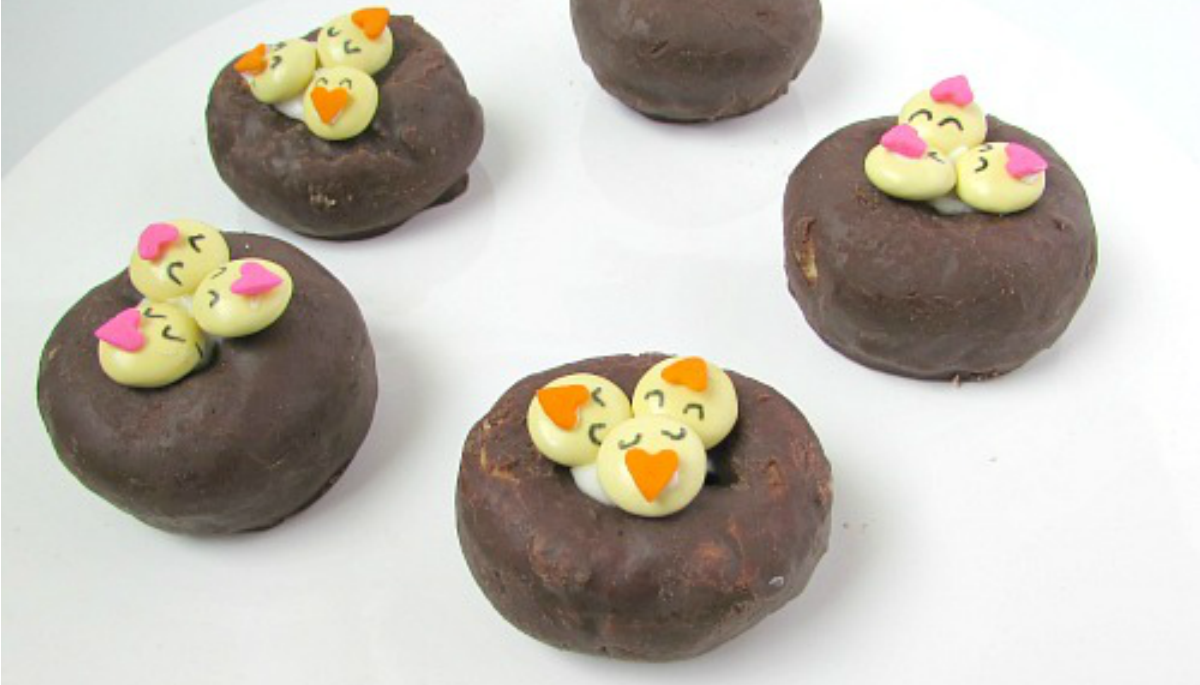 Easter chicks in nest donuts