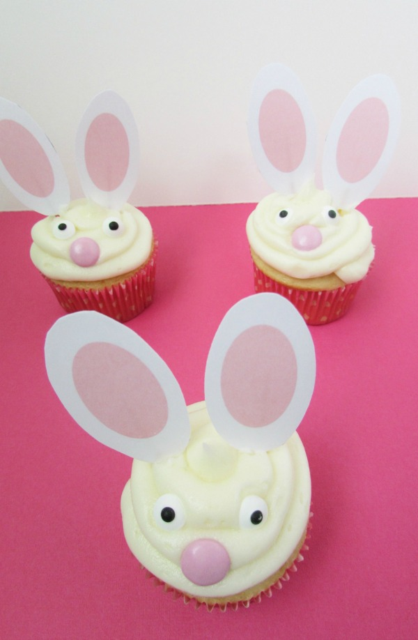 easter bunny cupcakes with free printable