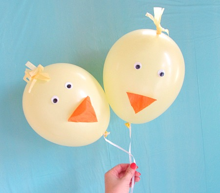 Easter chick balloons