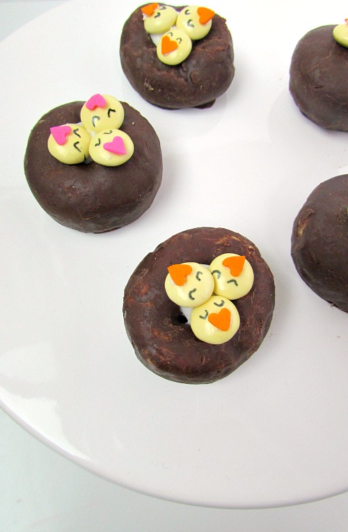 nest donuts