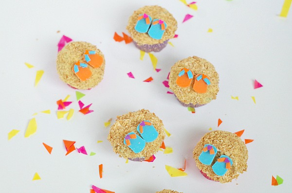 sandals and sand cupcakes