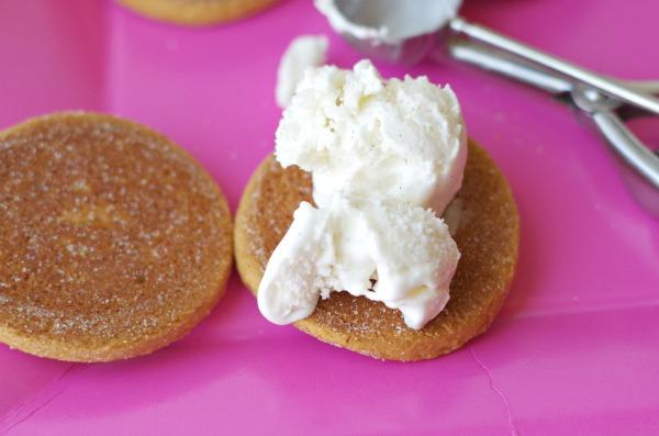 ice cream on cookies