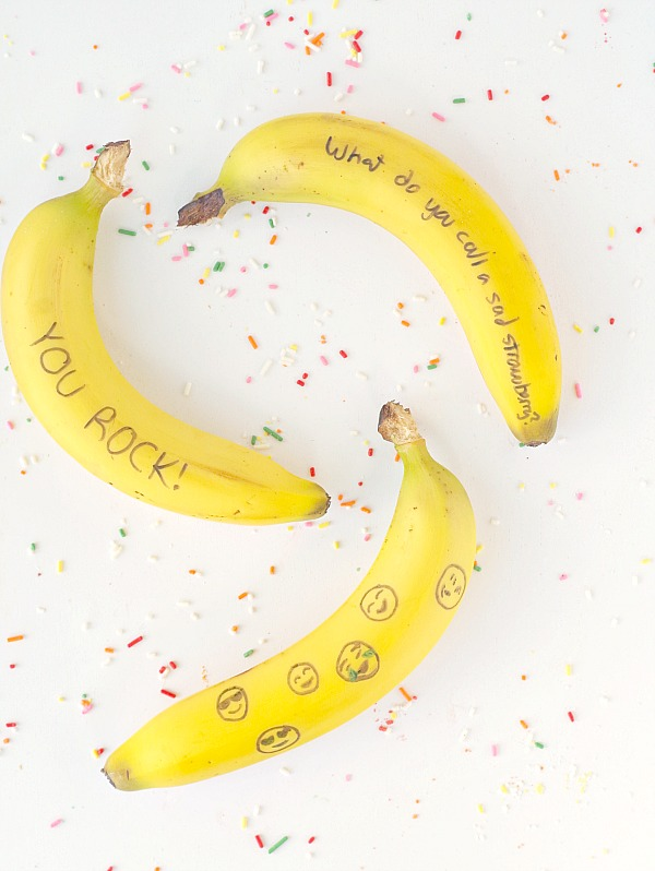 Simple and fun banana notes for lunches