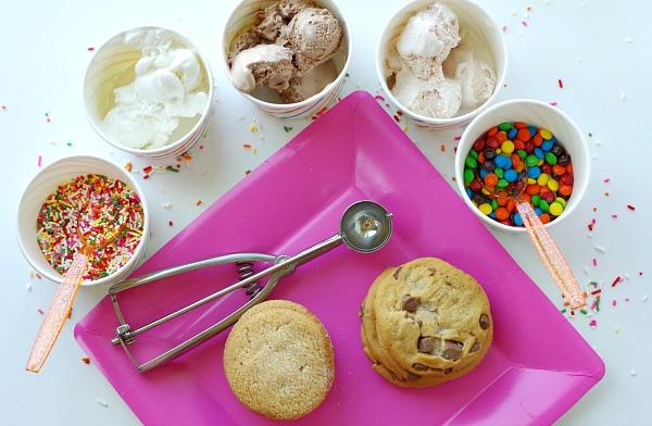 ice cream sandwich bar