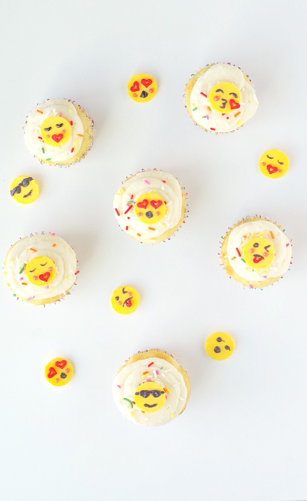 Making fun emoji cupcake toppers