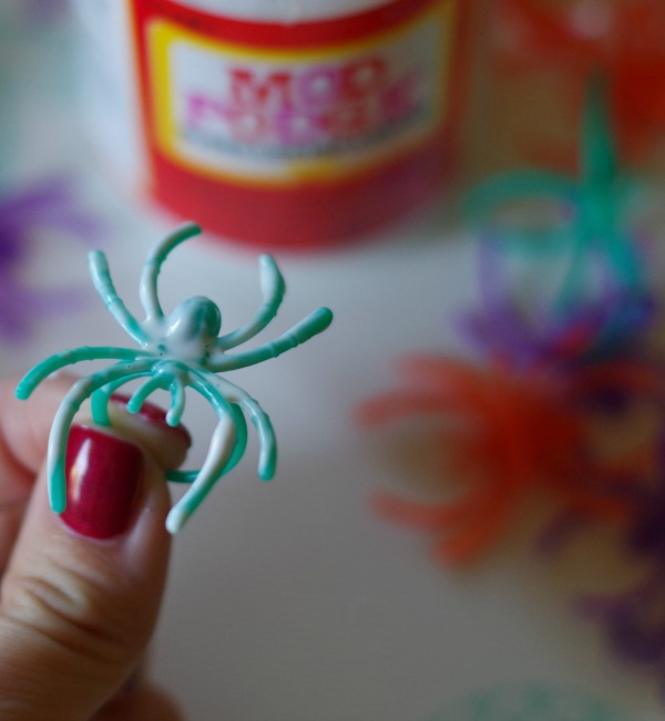 spider with glue
