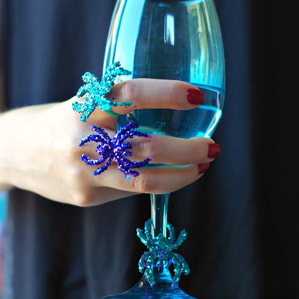 diy glitter spider ring and wine charm