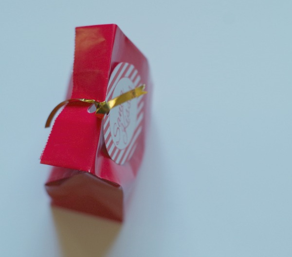 tie on ribbon and gift tag