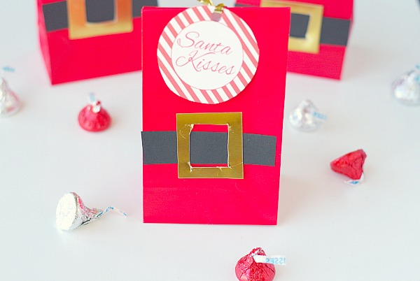 Santa kisses gift bag diy