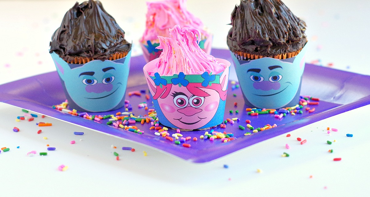 cute troll cupcakes with printable wrappers