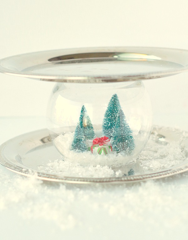 Pretty Snow Globe Serving Tray