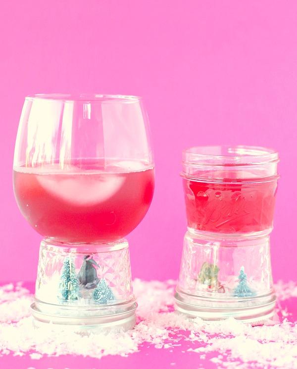 Snow Globe Drink Cups