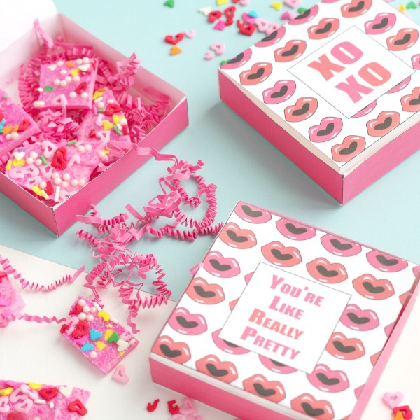 Free Printable Boxes for Valentine's Day