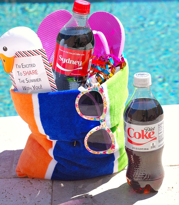 Summer towel gift bag to share with friends