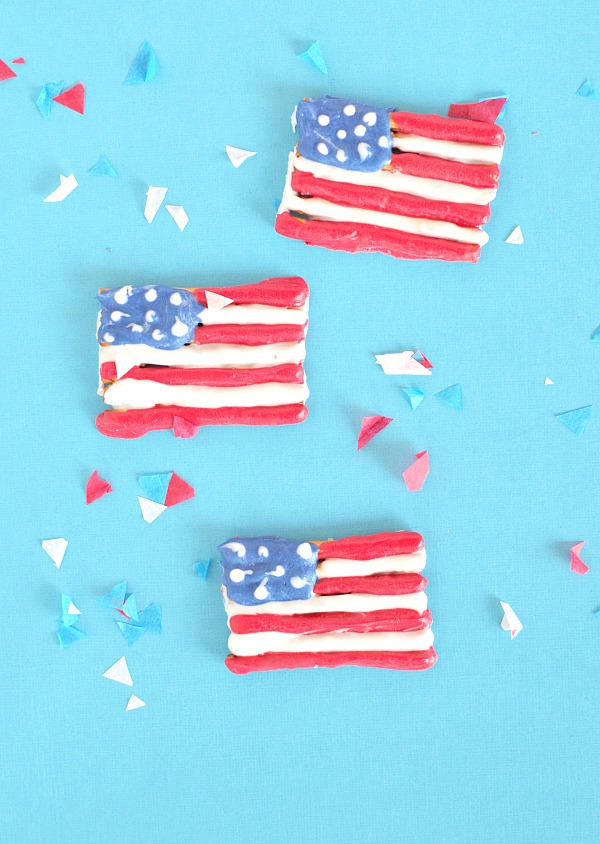 Fourth Of July Chocolate Pretzel Flags