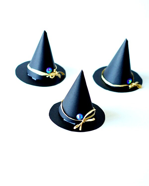 Witch Hat Party Favor Cups