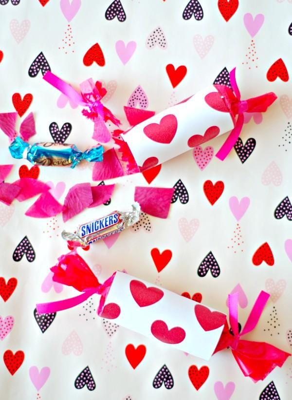 Valentine's Fun Candyfetti Popper